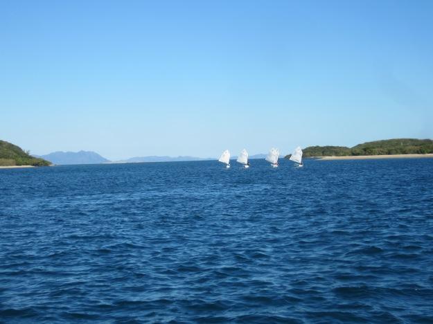 Espérons que nos jeunes aient bien conscience de la chance qu'ils ont de naviguer dans un décor paradisiaque.