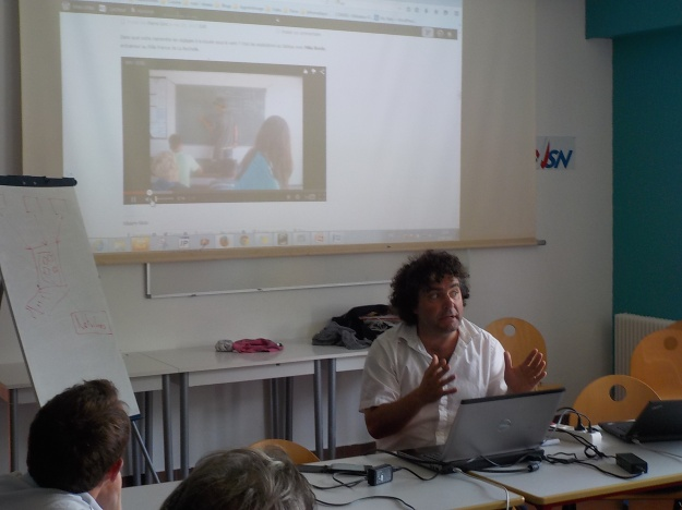 Derrière Olivier Le Rouge, le blog