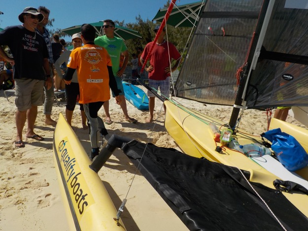 Le Weta intéresse un public varié: Ange ne tarit pas d'éloge sur ce petit bateau très sécurisant, rapide et qui procure de grandes sensations de vitesse, y compris aux néophytes.